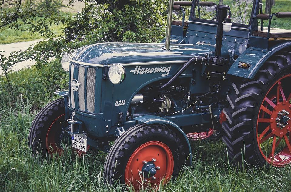 67/2017 – VZMR -Malotraktor s příslušenstvím pro efektivní práci v lesích Dívčí Hrad